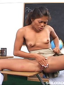 Sexy Roar Hugely While Fingering Her Trimmed Twat in the Classroom