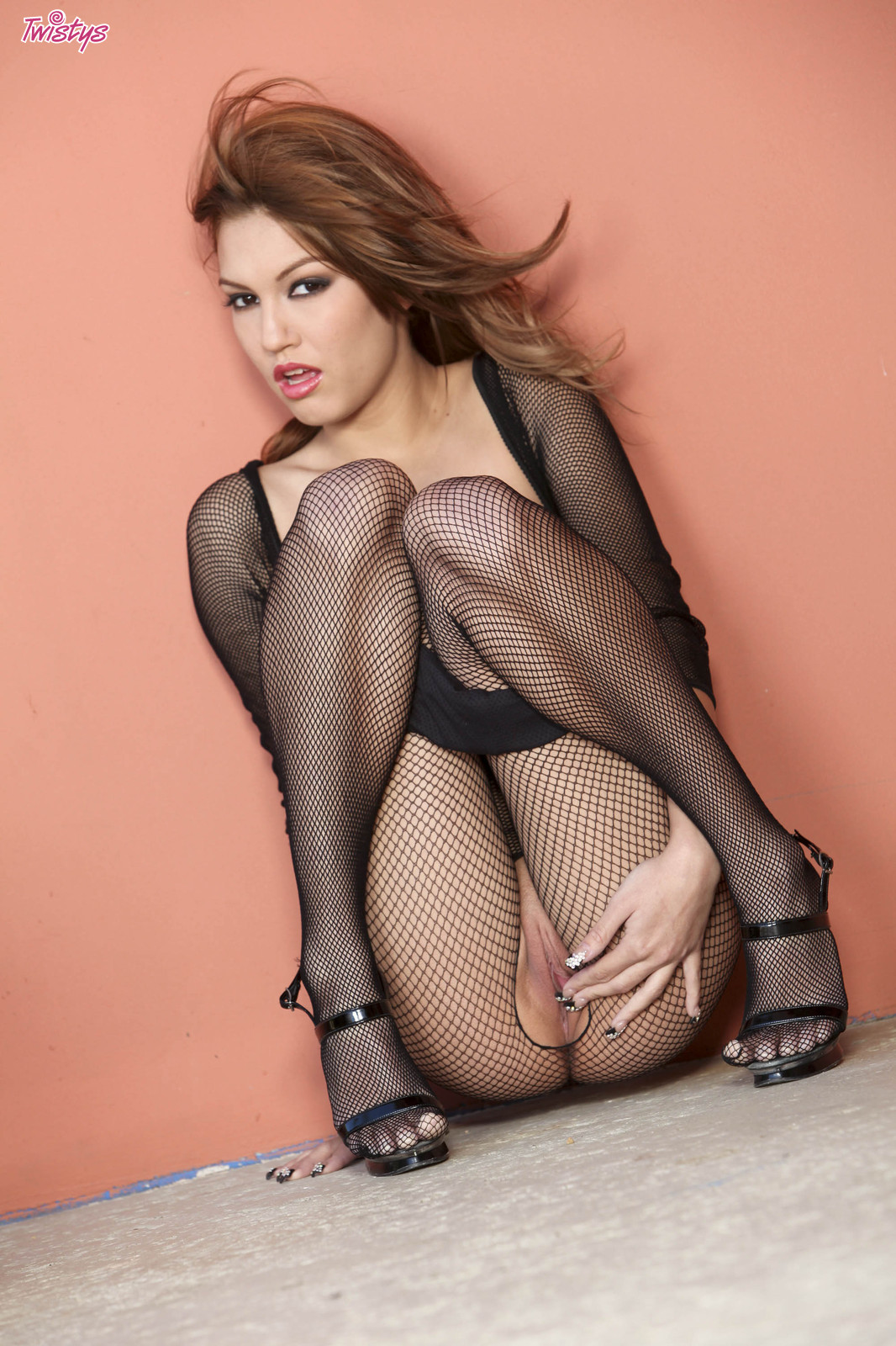 asian fishnet pussy - Fish Net Dress Wear Babe Kimberly Expose Her Sexual Parts in Different  Styles