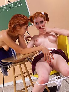 Sweet schoolgirl on girl finger action