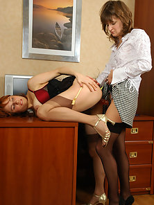 Classic Naughty Babes Sibylla and Maria Enjoys Great Dildo Slamming