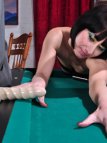 Shinning Mireille and Dorothy Gets Nasty Strapon Fucking
