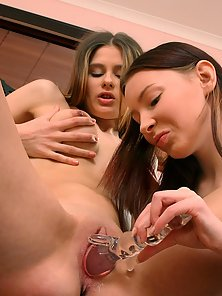 Stunning Lesbian Babes Minna and Bretta Dildo Drilling and Licking Pussies