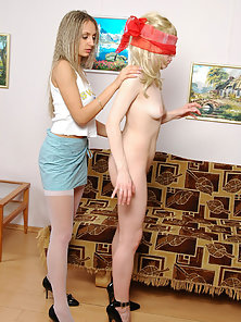 Polly and Christina sexy wet lesbians