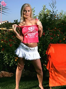 Blonde Cutie Babe Gina Stripping and Glass Dildo Drilling in Garden
