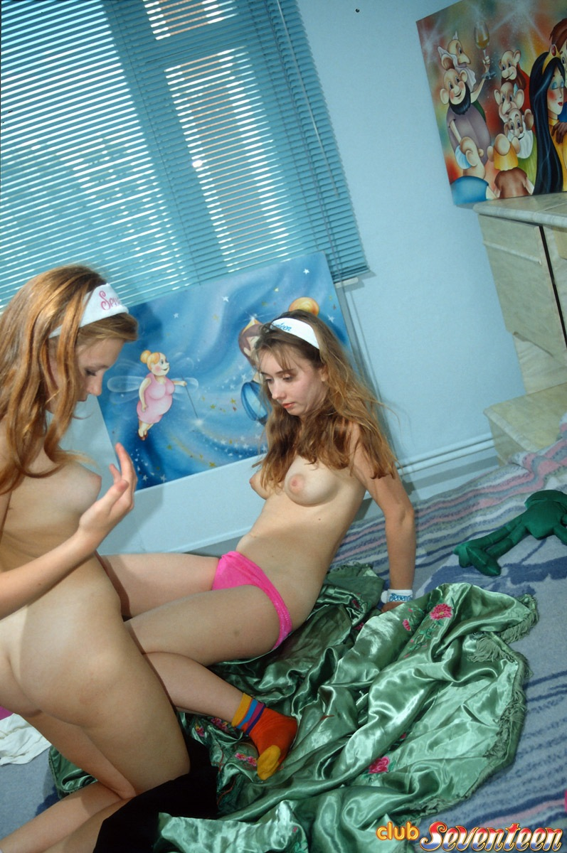 Busty Teens Licking - Hot Busty Teen Lesbians Licking Their Pink Pussy in ...