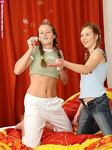 Two Skinny Naked Babes Dagi and Her Friend Loves To Fucked With Dildo