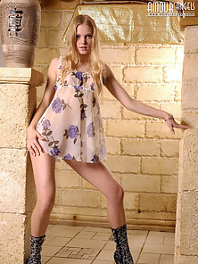 Blonde in boots