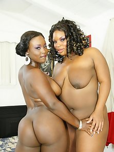 Massive Tits Chubby Ebony Lesbians Slit Licking and Dildo Fucking In Pleasure