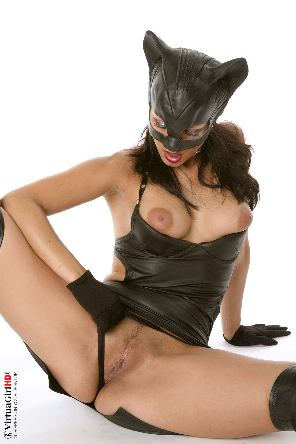 Babe in cat mask takes good care of guy039s stiff tool 9