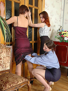 Liloo and Ninon and Susie gorgeous lesbians in pantyhose