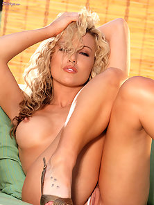 Curly Haired Sexy Blonde Kayden Kross in White Dress Try To Shows Her Tits