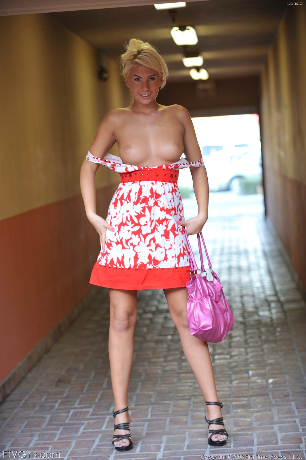 Mature housewife erotic story