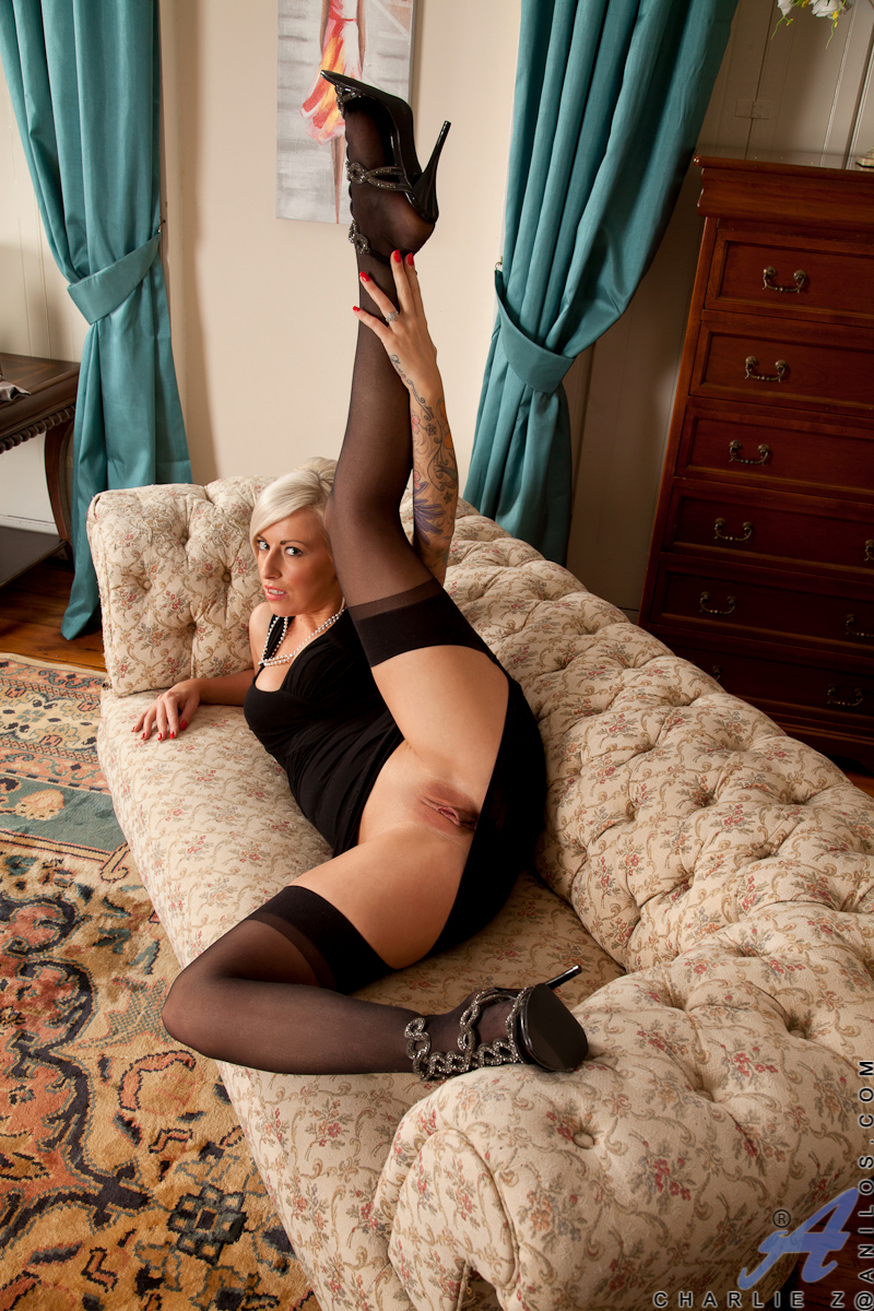 Milf posing blonde regret, that can