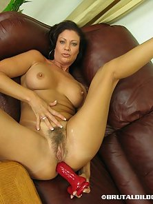 Fully Naked Young Vanessa Takes a Big Dildo in Huge Orgasm