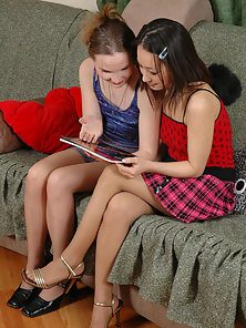 Nellie and Isidore lezzy pantyhose games