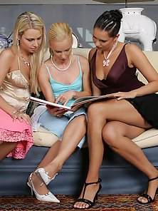 Three Skinny Blonde and Brunette Babes Enjoying Wild Sex Action on Couch