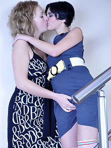 Horny Inessa and Alina Excited To Lick Each Other Cunts Crazily