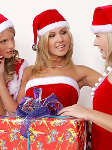 There Charming Babes Cayenne Katerina and Sharon Wearing Santa Hotties in Lesbian Actions