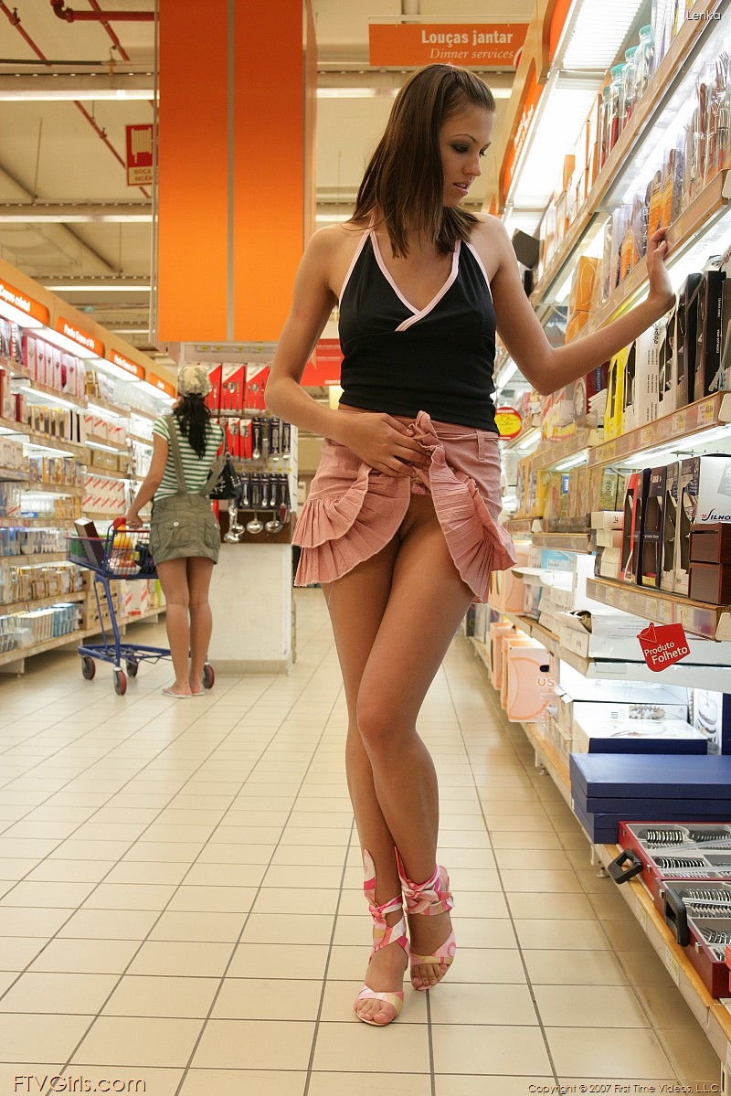 Upskirt pussy flashing shopping videos sexy excellent gallery