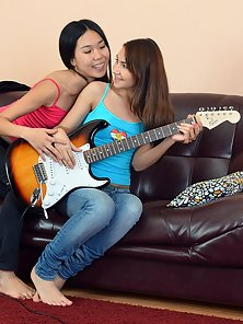 Guitar Playing Lesbians Fingering Their Stretch Delicious Twats
