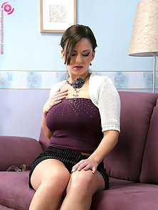 Big Breasted Young Babe Lucy Hard Slammed Her Tight Pussy on Couch