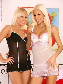 Black And White Lingerie Blonde Babes Boraka and Her Friend Enjoying Lesbian Sex