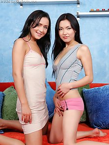 Attractive Looking Brunette Babes Mae and Lela Making Licking On the Bed Room