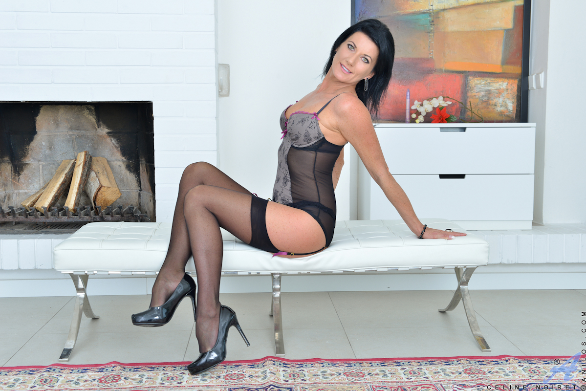Sexy housewives in stockings