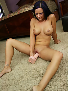Hot Brunette Chick Ariel Avalon Gets Her Pussy Fucked by Huge Dildo