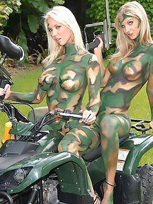 Hot Naked Girls Wild Sex Action in Foursome in the Jungle