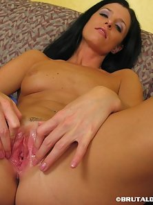 Brunette Babe India Brutal Spread Her Pink Pussy after Massive Riding