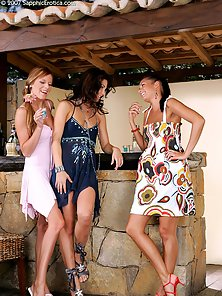Sensual Hot Jaquelin, Billy and Isabella Lesbian Fighting In Outdoor