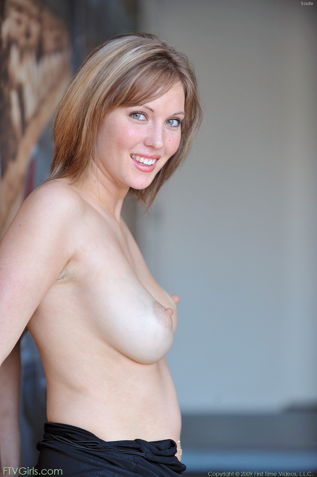 naked-girls-fanny-out-white-pussy-for-sale-california