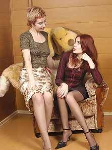 Leggy Gorgeous Julya and Elena Stimulated Each Other Sensual Parts by Licking