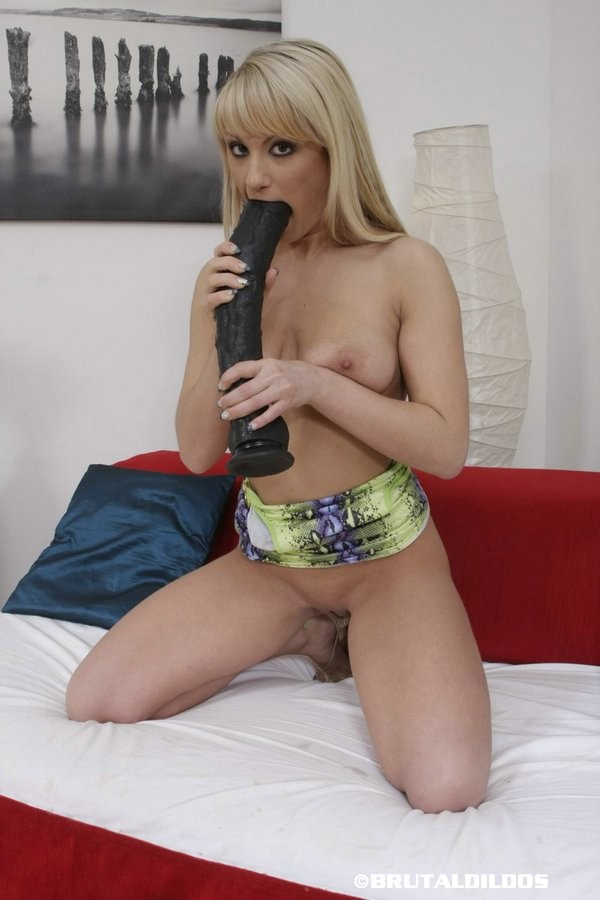 Oung teen pussy