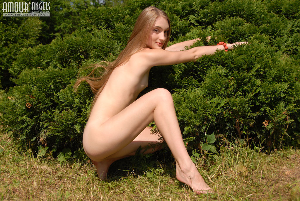 Wife dare strip outdoors