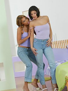 Jeans Pants Brunette and Blonde Chicks Displaying Their Massive Ass