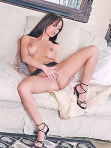 Sexy Babe Crissy Moran Exposing Her Tight Big Ass and Fingering Twat on Couch