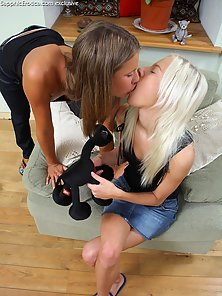 Wonderful Babes Natalia and Nichol Enjoy Pussy Fingering In Horny Mood