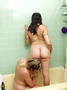 Busty Lesbian Fucking Each Other In Shower