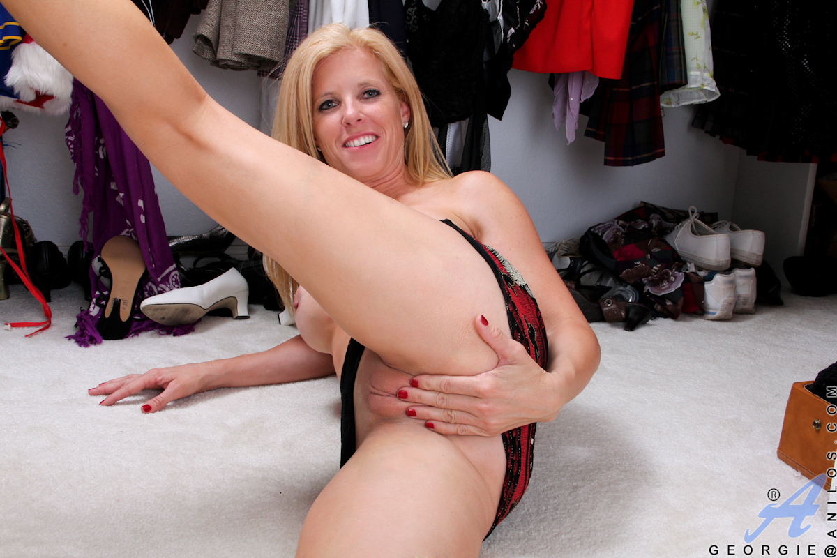 Have georgie mature milf phrase