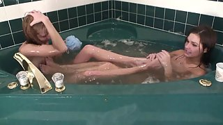 Amazing Ladies Washed Their Naked Bodies in Bathtub